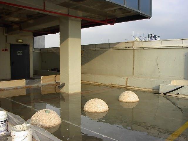 בדיקות הצפה לגג
