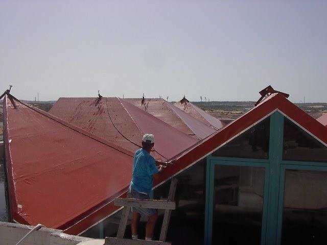 בדיקת רטיבות לגגות משופעים